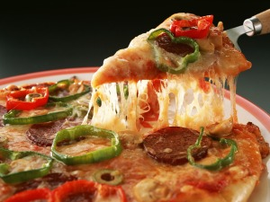 Slice-of-Pizza-pizza-7383219-1600-1200